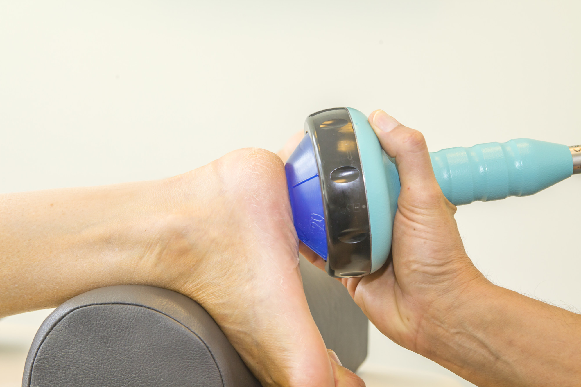 How to Prepare for a Shockwave Therapy Session